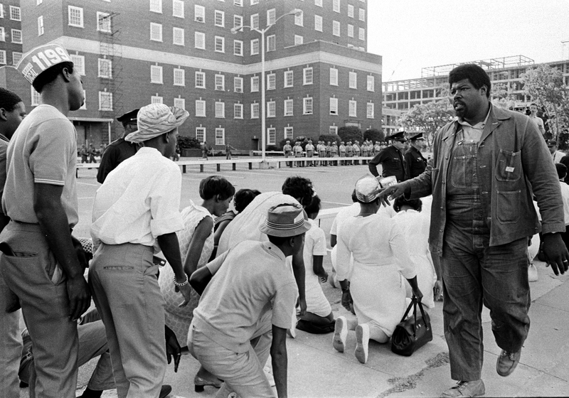 Hospital workers striking, image by Bill Barley, Charleston, South Carolina, 1969, courtesy of the Bill Barley Papers, South Carolina Political Collections, University Libraries, University of South Carolina.