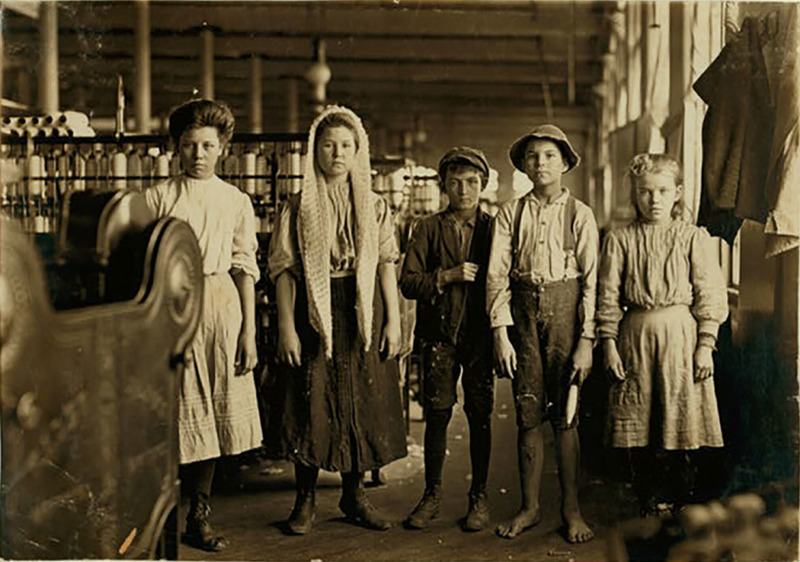 Spinners and doffers, Lancaster Cotton Mills, Lancaster, South Carolina, December 1908, courtesy of the Library of Congress, Prints and Photographs Division, National Child Labor Committee Collection.