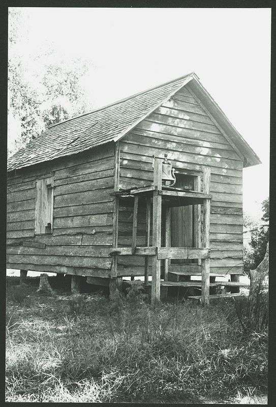 Praise house at Sapelo, Photographs by Muriel and Malcolm Bell,  Sapelo Georgia, 1939, Courtesy of the Library of Congress.