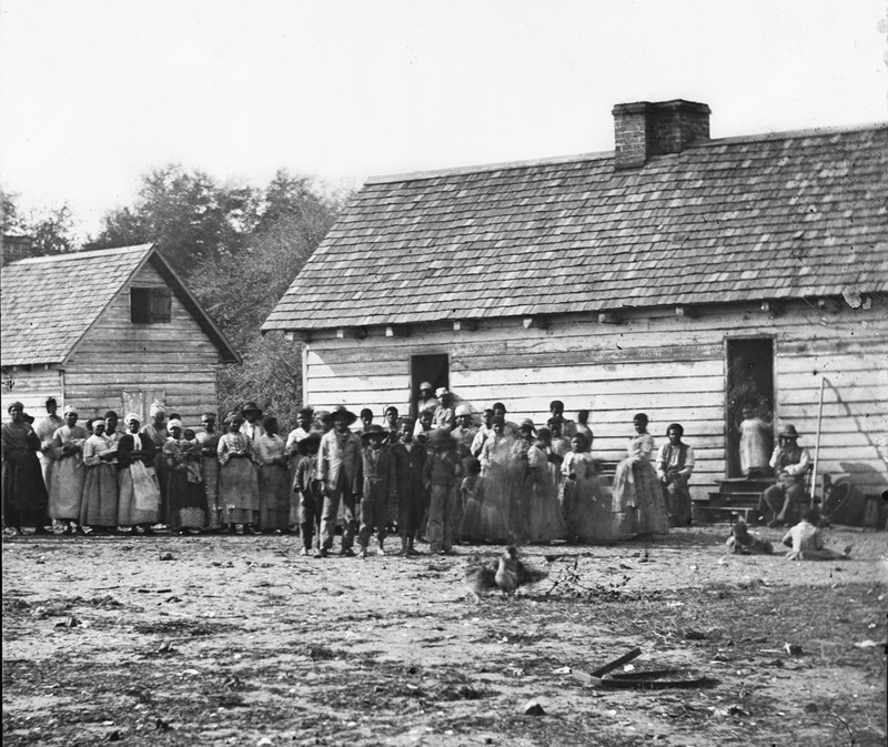 Former slaves on a plantation in Beaufort, South Carolina, 1862, courtesy of the Library of Congress.