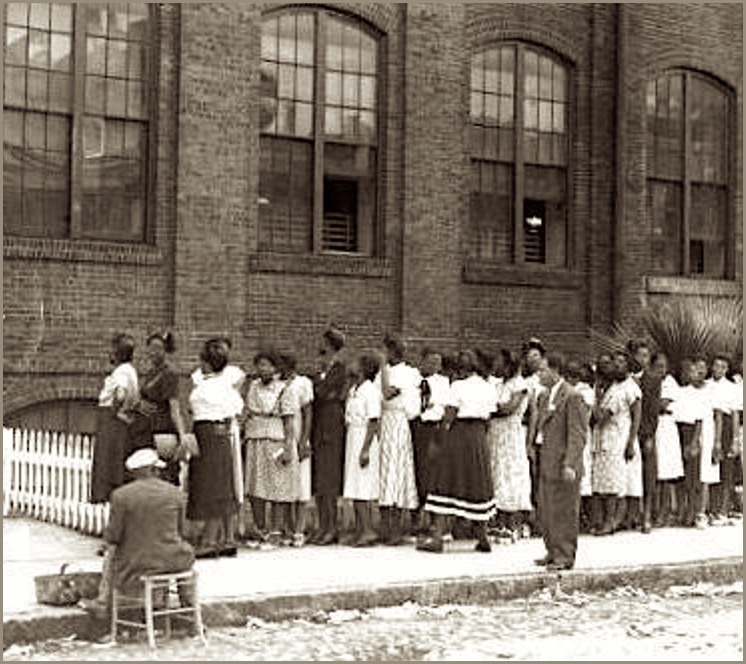 Picketing workers outside of the Cigar Factory building, ca. 1945, Charleston, South Carolina, courtesy of Georgia State University, Southern Labor Archives.