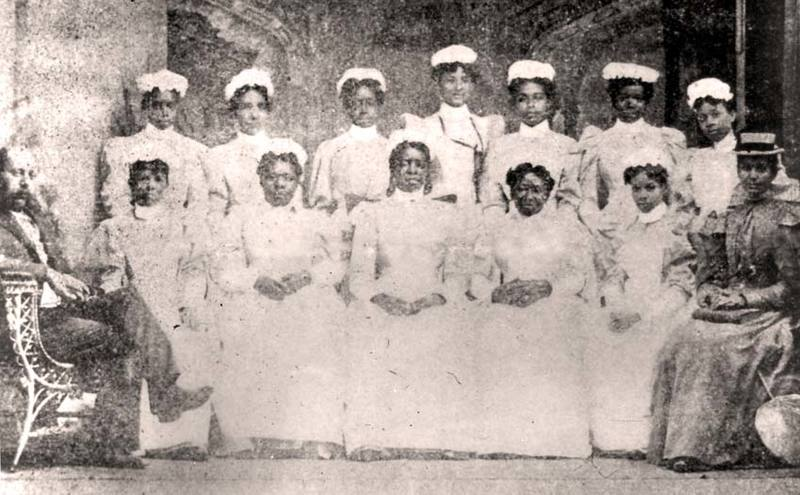 Cannon Street Hospital and Training School for Nurses class photo, circa 1900s, courtesy of Waring Historical Library, MUSC, Charleston, S.C.