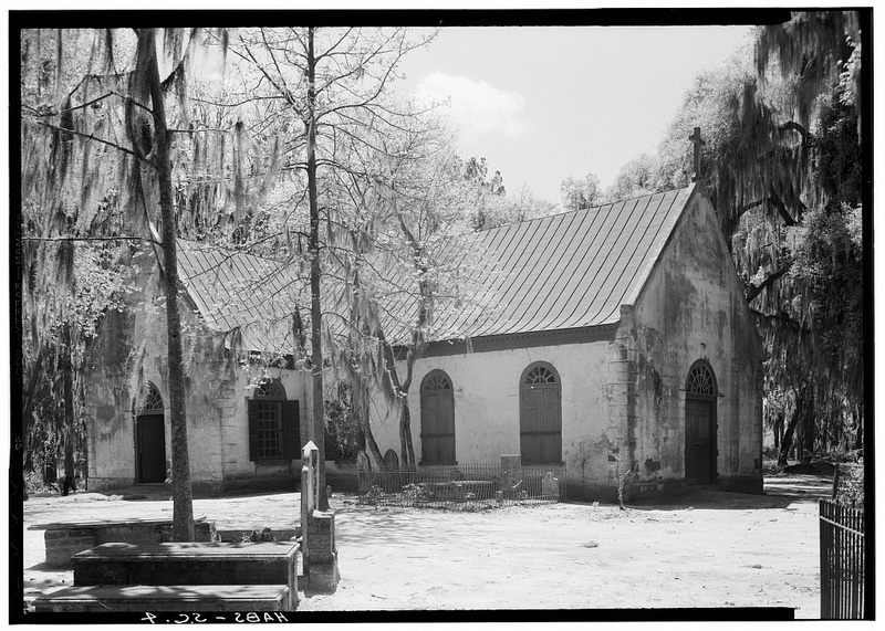 """St. Andrew's Episcopal Church, State Route 61, Charleston, Charleston County, SC,"" HABS, Mt. Pleasant, South Carolina, 1940, courtesy of Library of Congress."