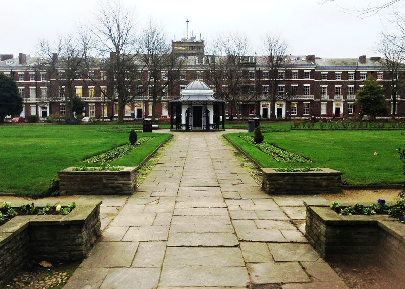 Abercromby Square, photograph by Chris Williams, Liverpool, England, 2015.