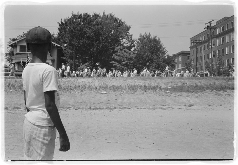 Boy Observes White Protestors, photograph by John T. Bledsoe, Little Rock, Arkansas, 1958, courtesy of the Library of Congress.