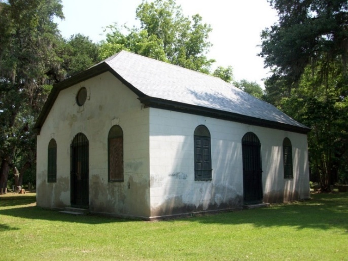 Strawberry Chapel, photograph by Kimberly Pyszka, Moncks Corner, 2011.