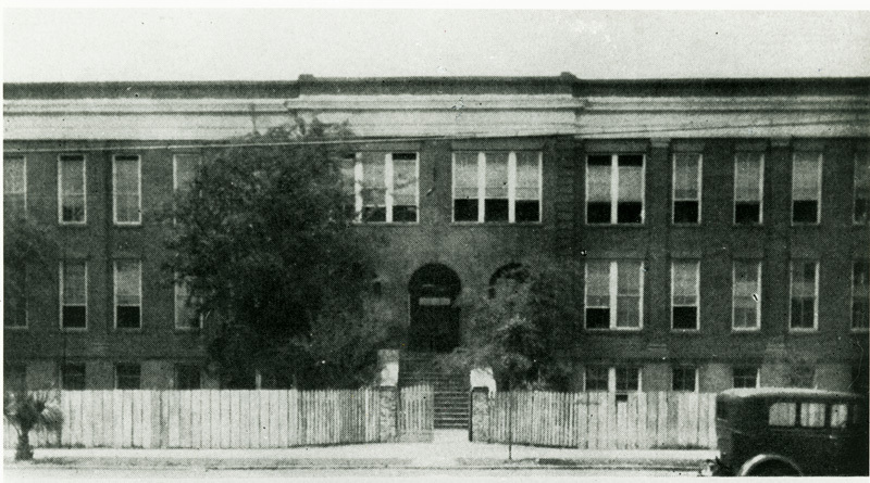 Burke Industrial School, Charleston, South Carolina, ca. 1911, courtesy of Dart Family Papers, Avery Research Center.