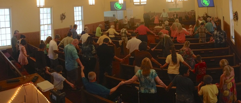 Congregants at the Golden Grove Wesleyan Church honoring the Emanuel AME Church victims, photograph by Matthew Tietje, June 21, 2015, Liberty, South Carolina.