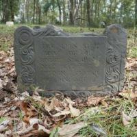 Gravestone of Robert Seabrook, photograph by Mills Pennebaker, Stono Preserve, 2019.