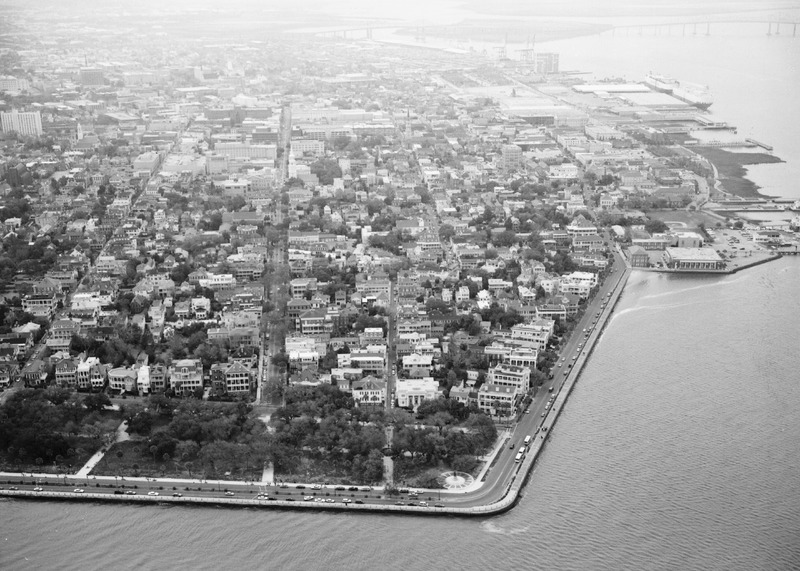 Aerial view of Charleston, South Carolina, c. 1930s, courtesy of the Library of Congress.