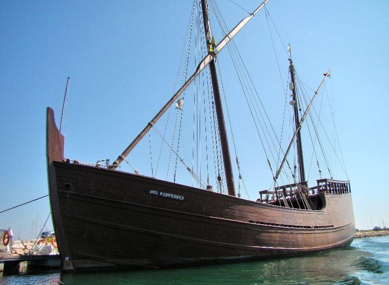 Replica of the caravel Boa Esperança, image by Hernâni Viegas, Lagos, Portugal, 2013.