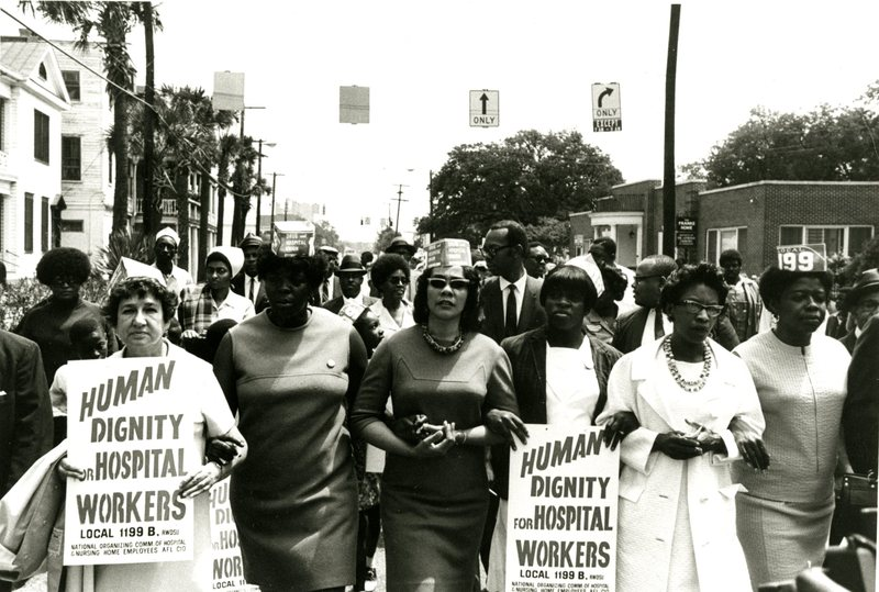 Coretta Scott King with strikers, Charleston, South Carolina, 1969, courtesy of Avery Research Center.