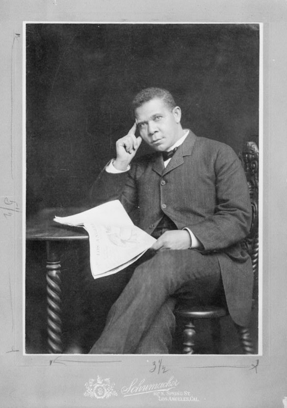 Booker T. Washington, ca. 1895, photograph by Schumacher of Los Angeles, California, courtesy of Library of Congress, Prints and Photographs Division.