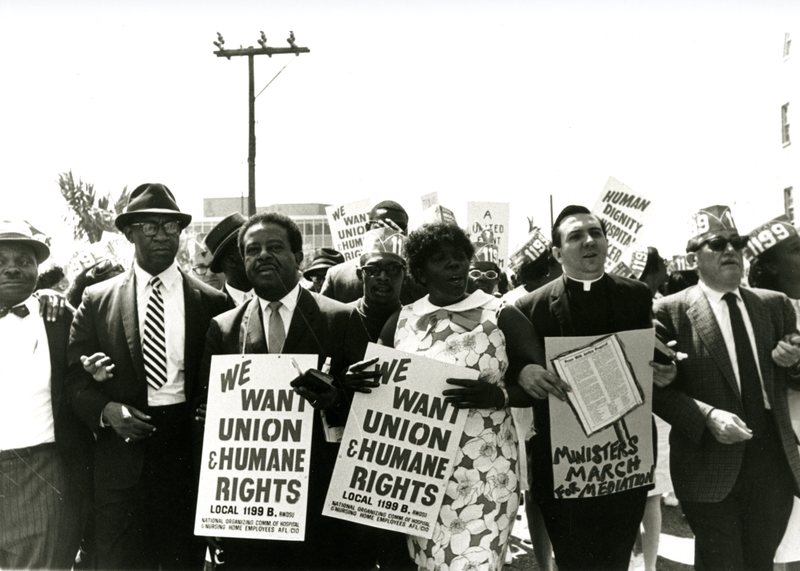 Ralph Abernathy with strikers, Charleston, South Carolina, 1969, courtesy of Avery Research Center.